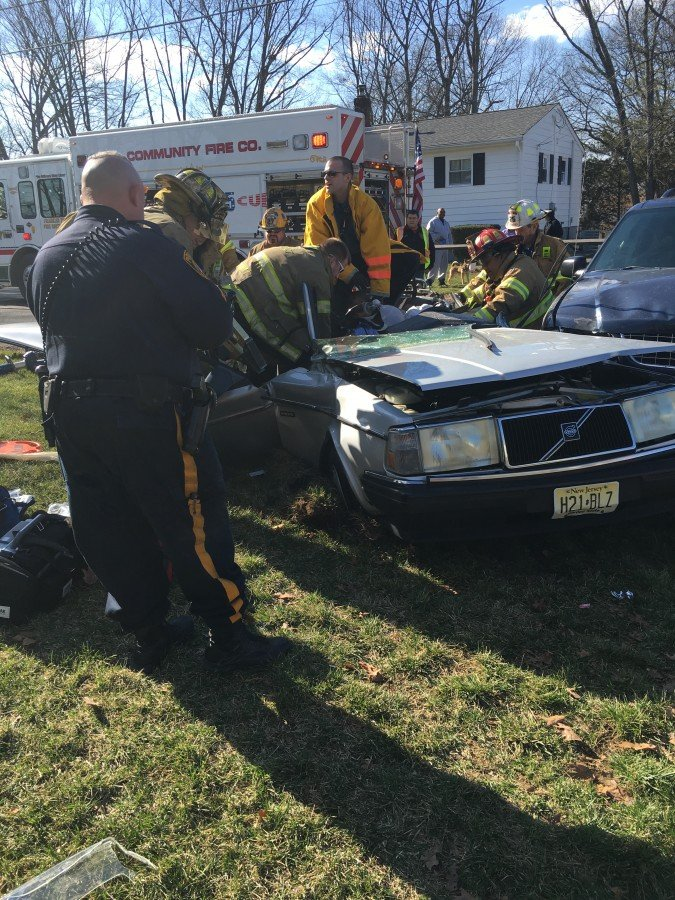 Motor Vehicle Extrication Assignment (Arden Street/Girard Avenue)