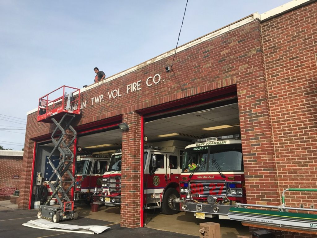 Sunday Duty Crew goes to work on the Firehouse on 8/6/17